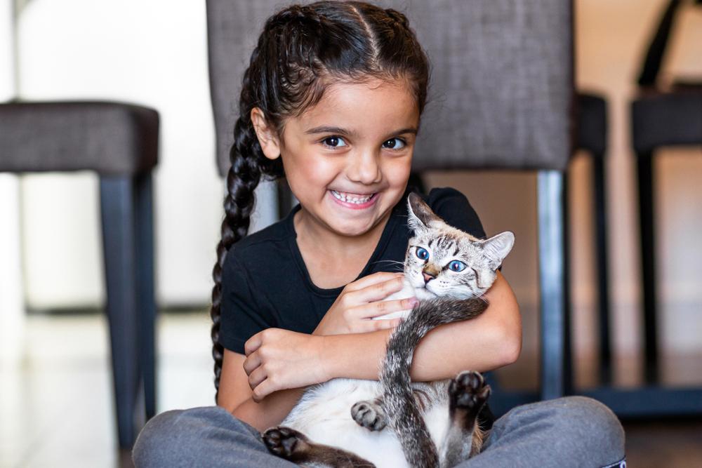 تقدم واحة الحيوان الدروس التفاعلية مع المدارس ورياض الأطفال لنشر ثقافة العناية بالحيوانات الأليفة ورعايتها.